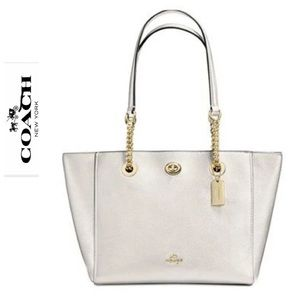 NWT Turnlock Chain Tote In Polished Pebble Leather
